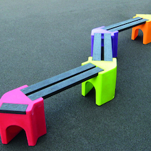 Recyclable Plastic Zigzag Bench  medium